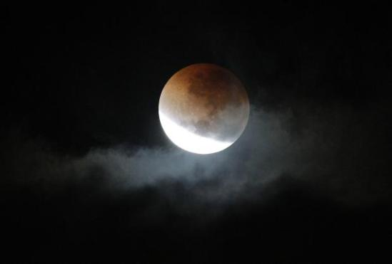 9-25-15-lunar-eclipse