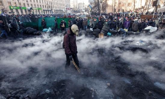 Kiev protesters vs Nazis